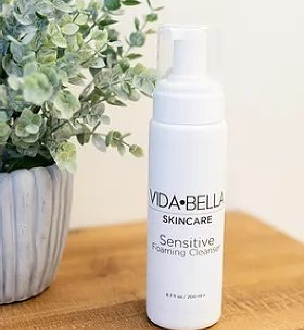 Sensitive Foaming Cleanser